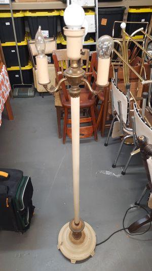 Vintage floor lamp for Sale in BRECKNRDG HLS, MO