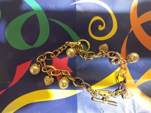 Double chain pave charm heart bracelet for Sale in Detroit, MI