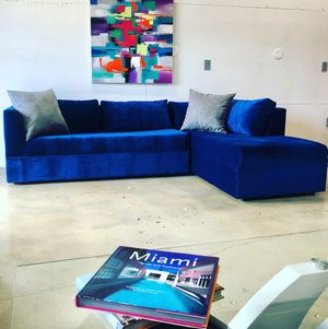 Blue velvet Sectional Sofa couch for Sale in Miami, FL