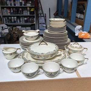 Dish set for Sale in Oakland, CA