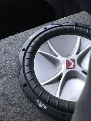 12inch Kickers for Sale in Tampa, FL
