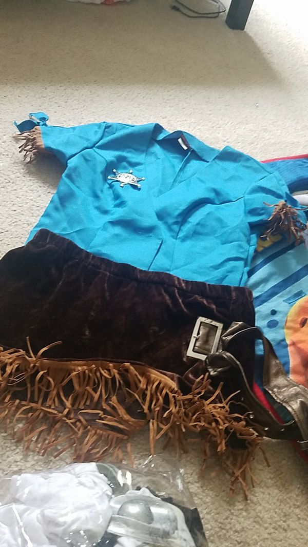 Womens halloween costumes all size small