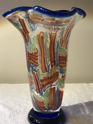 MURANO ITALIAN GLASS Hand Blown Vase Fluted Top for Sale in Jacksonville, FL