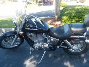Honda shadow 1100cc 2002 for Sale in Franklinton, NC