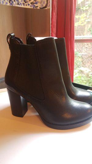 Womens heel boots, size 6 for Sale in Morton Grove, IL