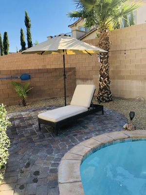 Lounger with umbrella for Sale in Las Vegas, NV