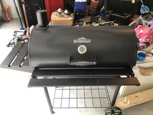 BBQ Grill Smoker for Sale in Fort Washington, MD