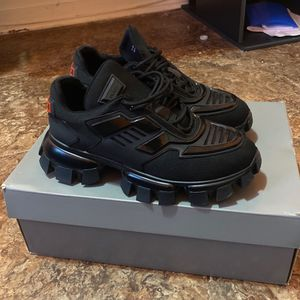 Prada cloudbust Thunder Size 45 With Large Off White Sweatshirt for Sale in Philadelphia, PA