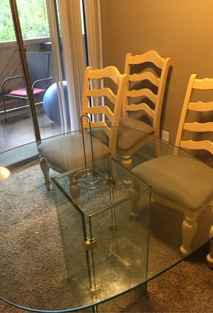 Antique table and chairs. for Sale in Dallas, TX