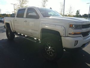2016 Lifted Chevy Silverado 1500 4x4 for Sale in Cumming, GA