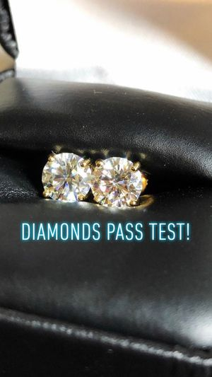 Custom diamond earrings, any shapes/color (diamonds passes test) Can be done in 10k 14k 18k 24k, silver, gold, rose gold, white gold, brass, si-vs-v for Sale in Lawndale, CA
