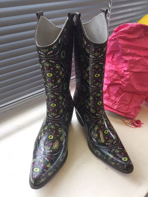 Women's rain boots size 8 for Sale in Colorado Springs, CO