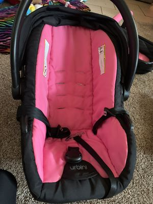 baby girl urbini car seat for Sale in Midland, TX