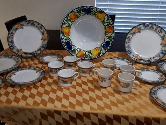 Set New Condition. 21 Piezas .one Big Bowl for Sale in Houston,  TX