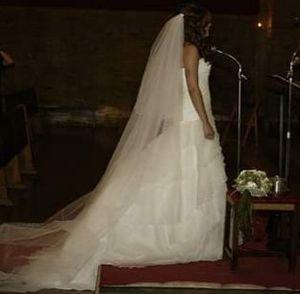 dress wedding . Pronovias Barcelona 2012 for Sale in Miami, FL