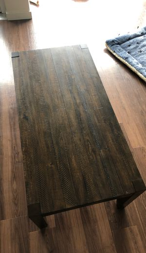 Matching coffee table with 2 end tables for Sale in Seattle, WA
