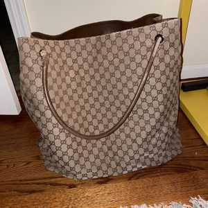 Gucci Bag Authentic Vintage Condition for Sale in Covington, KY