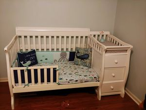 Sorelle crib and toddler conversion kit for Sale in Chesapeake, VA