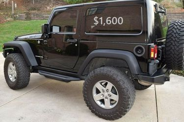 🙏🏼🎁✨$1,600 I'm selling Urgently🔥✅. is available ❤️ 2010 Jeep Wrangler🔑🔑 for Sale in Warren,  MI