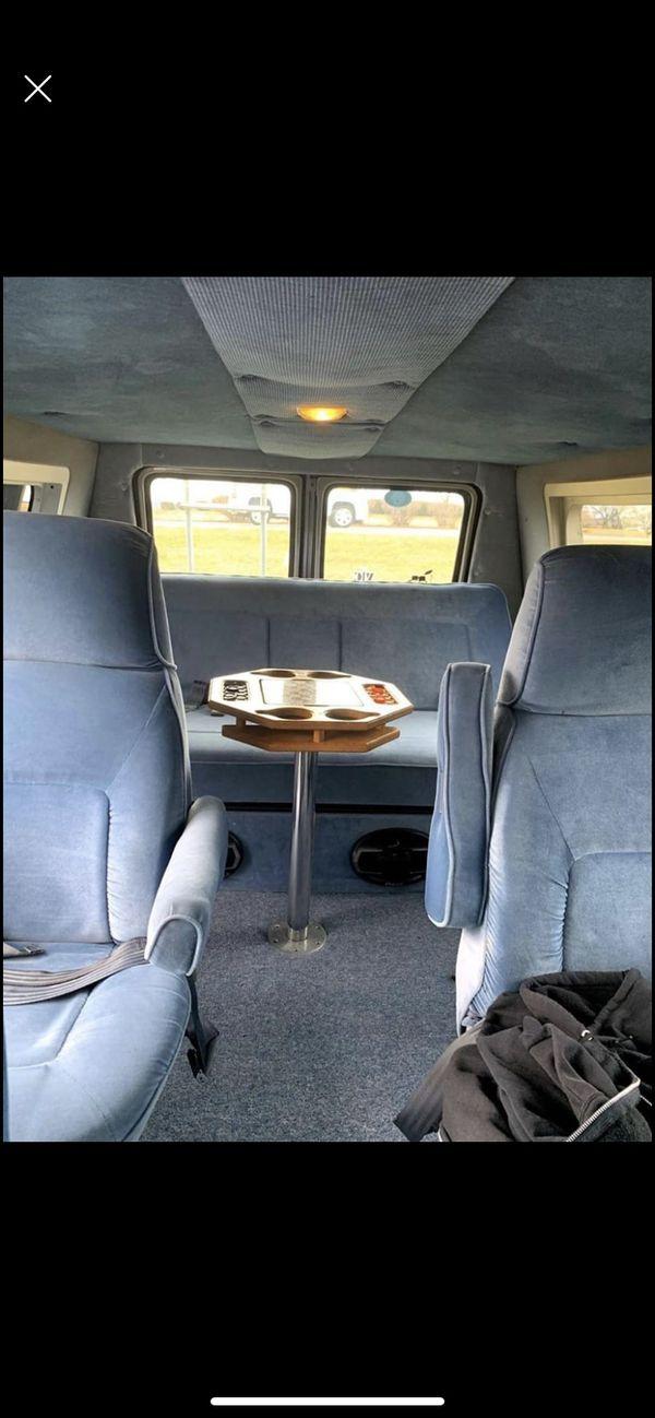 Dodge b250 Ram gold van