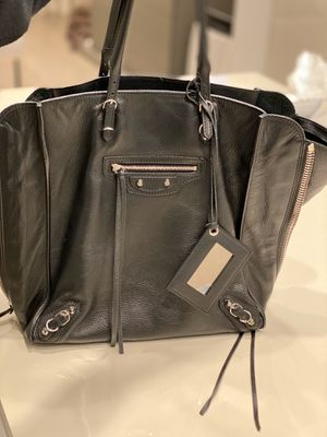 Balenciaga Papier Black Tote with silver hardware for Sale in SUNNY ISL BCH, FL