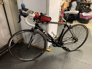 TREK ROAD BIKE WITH SHIMANO 105 COMPONENTS for Sale in Riverside, CA