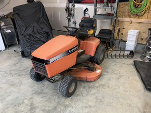 Simplicity lawn tractor. for Sale in New Kent, VA