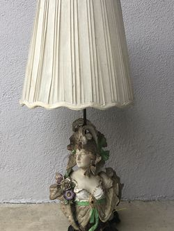 "French Provincial Antique ""Lady"" Lamp. for Sale in San Dimas,  CA"