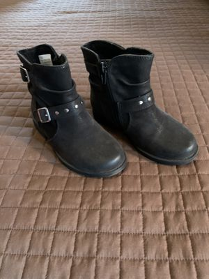 Toddler Girl Ankle Boots Size 11M for Sale in Clovis, CA