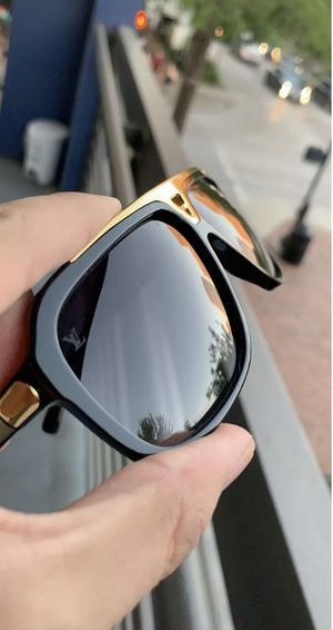 Louis Vuitton Evidence Sunglasses Z0350W for Sale in Portland, OR