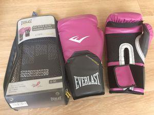 Brand New. Everlast Prostyle Elite Gloves for Sale in Atlanta, GA
