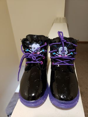 *DISNEY* $25 OBO! VAMPARINA TODDLER GIRLS SIZE 12 BOOTS. NEVER TRIED ON OR WORN. for Sale in Cuyahoga Falls, OH