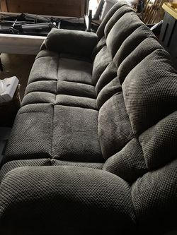 Catnapper loveseat for Sale in Weston,  WV