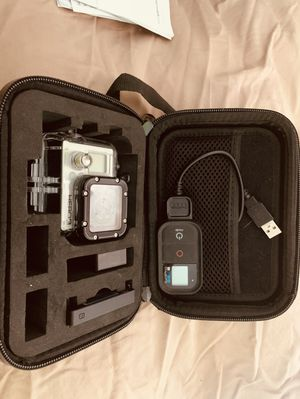 Gopro 3 with extras for Sale in Pembroke Pines, FL