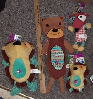 "$42 LOT - PETCO 3 SQUEAKY TOYS , 2 are 18"" Hedgehog & ROPE FOX for Sale in Manchester, NH"