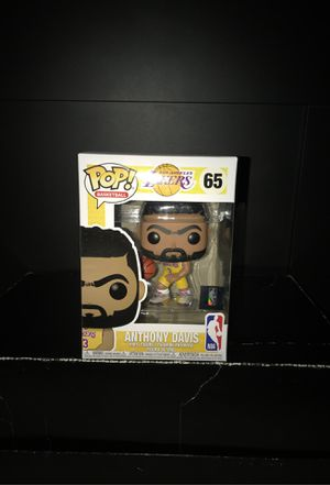 FUNKO POP BASKETBALL LOS ANGELES LAKERS ANTHONY DAVIS for Sale in Montebello, CA