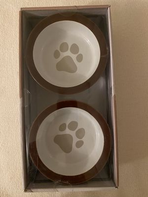 """Doghaus 3 piece pet feeder set, 2 bowls hoşd 1.5 cups (12oz), with strong & durable wire stand. 10.75x5.25x2.5"""" for Sale in Vancouver, WA"""