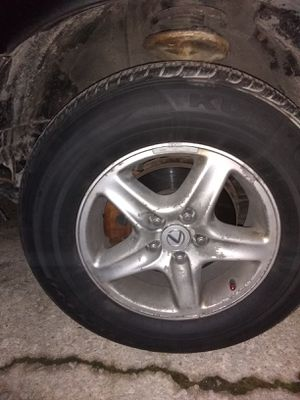 4 rims on tire for Lexus in good condition $100 or best offer for Sale in Matteson, IL