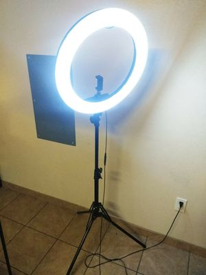 "Ring light ""18 for Sale in Moreno Valley, CA"