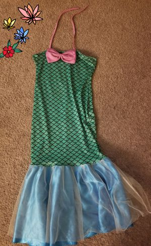 Mermaid dress size Large for Sale in Cleveland, OH