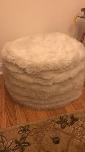 Sitting Puffs for Sale in Queens, NY