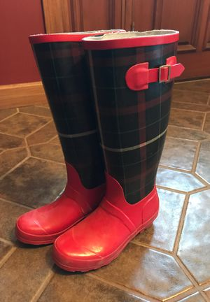 WOMENS BOOTS SIZE 8 for Sale in Chesterfield, MO