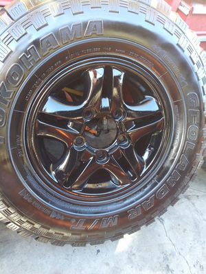 5x5.5 black gloss rims 285/75/16 for Sale in Anaheim, CA