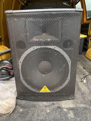 Behringer Eurolive E1520A powered Speaker for Sale in Brooklyn, MD