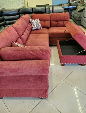RED SECTIONAL AND OTTOMAN 749$ for Sale in Garland, TX