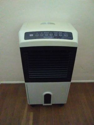Feature comfort air cooler for Sale in Fresno, CA