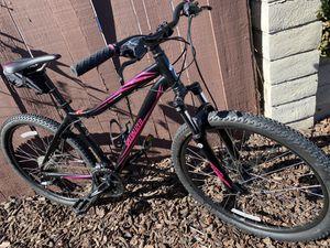 Specialized women medium size bike for Sale in San Diego, CA