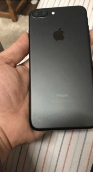 iPhone 7 Plus!!! Basically brand new for Sale in Bensenville, IL
