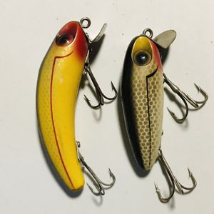 2 Vntg Fishing Lures for Sale in Glendale Heights, IL