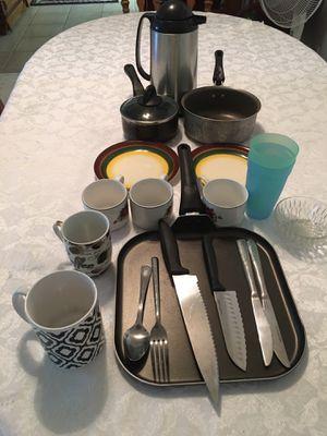 kitchen utensils •All for $8• for Sale in Clovis, CA